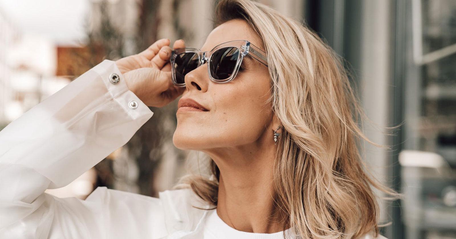 Best Color Glasses For White Hair | Vlookoptical™