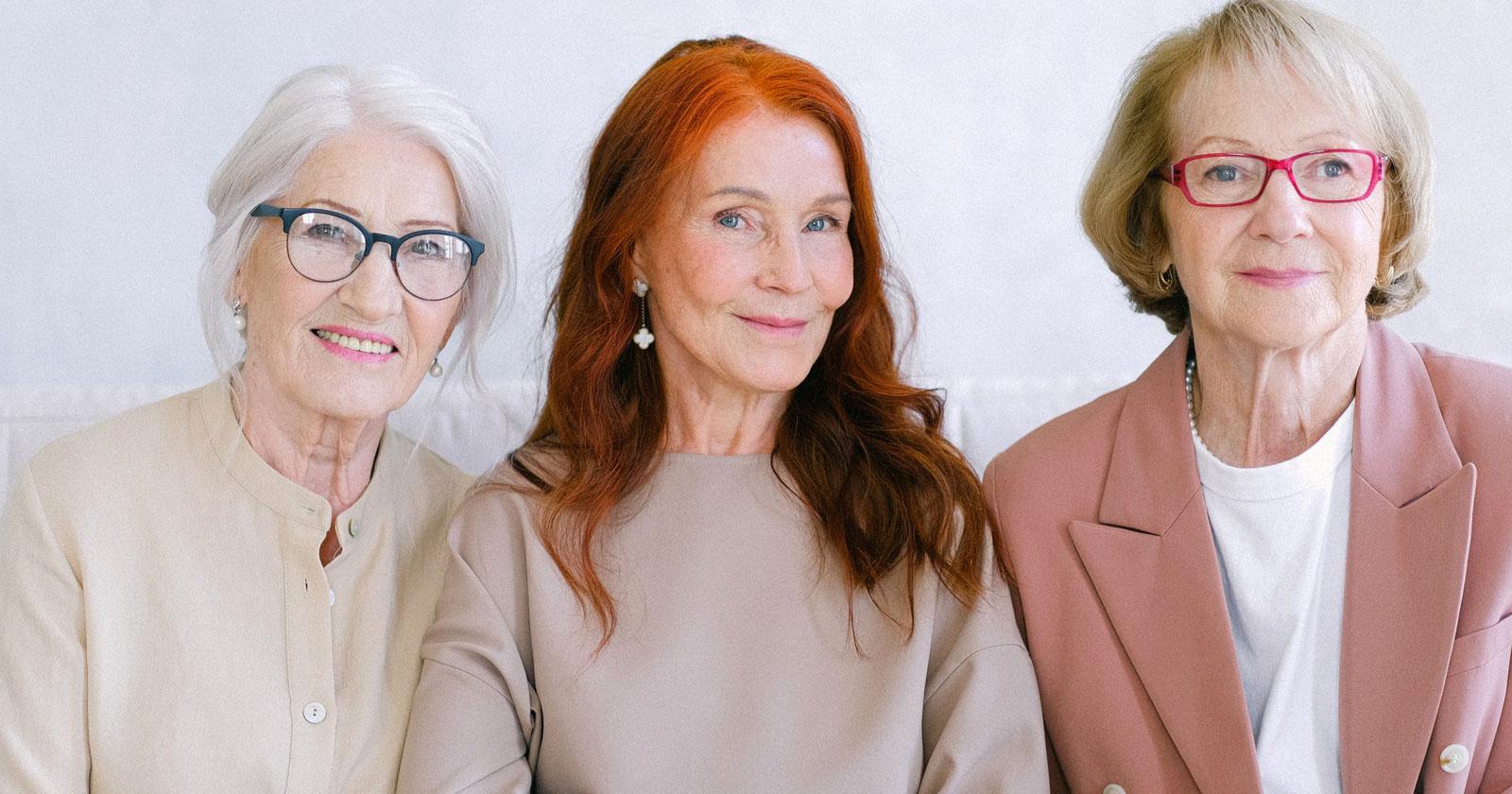What Eyeglass Frames Make You Look Younger?| Vlookoptical™